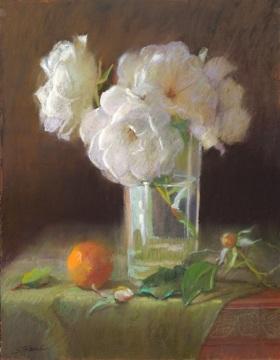 GLASS WITH WHITE ROSES